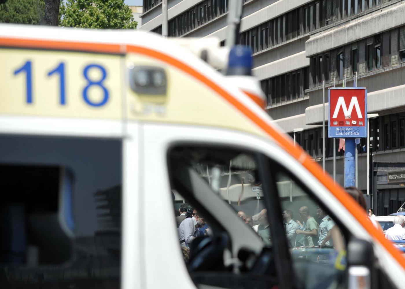Roma, incidente nella Metro B fermata Eur Palasport