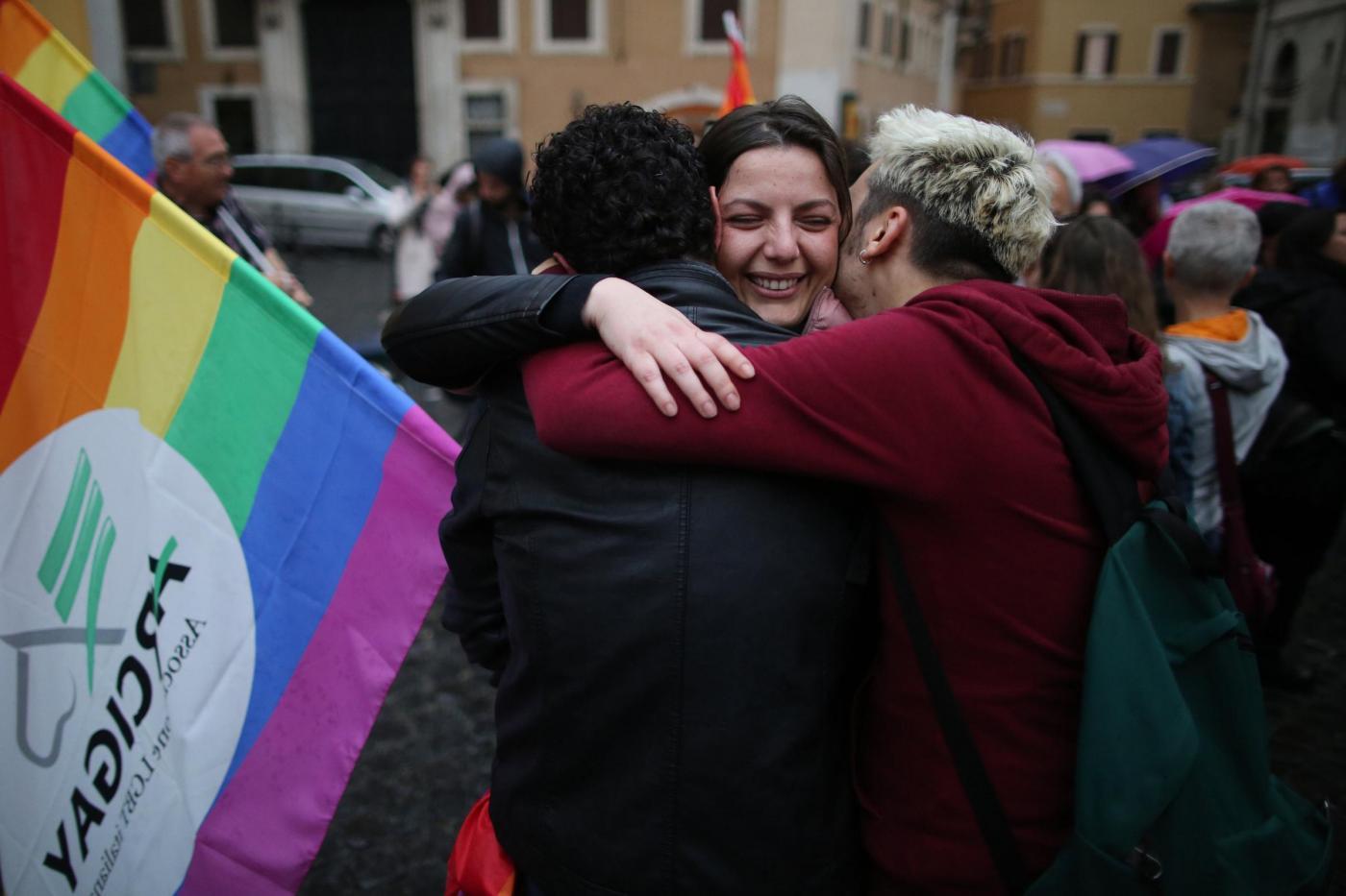 Festeggiamenti per approvazione della legge su Unioni civili a Montecitorio