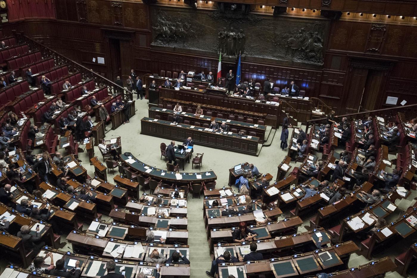 Vitalizi a ex parlamentari revocati: ci sono anche Previti e Toni Negri