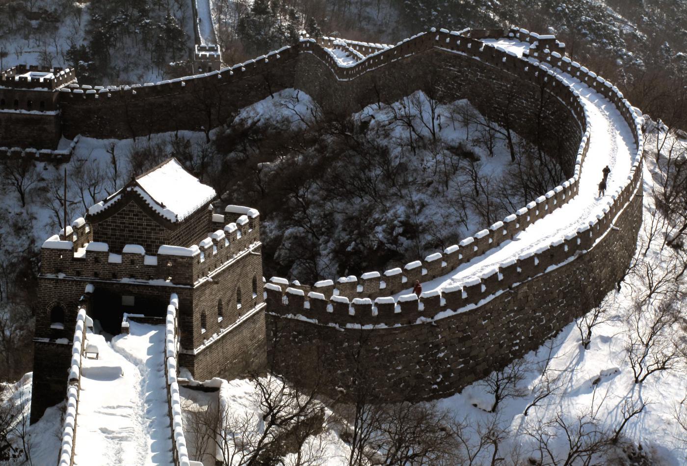 Una colata di cemento sulla Grande Muraglia Cinese