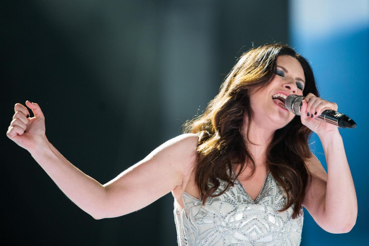 Laura Pausini: 'Con Paolo Carta amore forte, mi fa sentire bella'