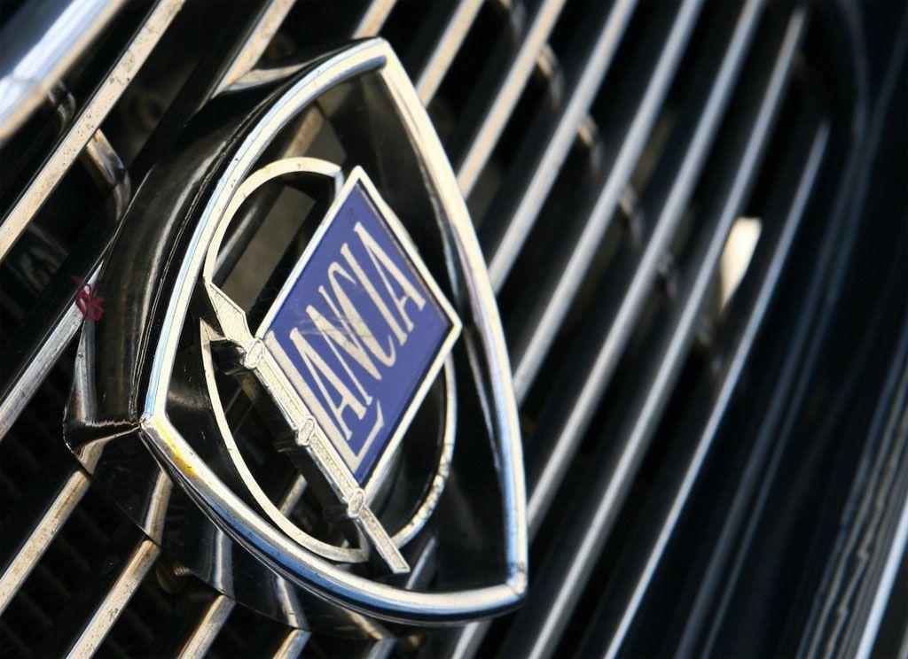 Simboli delle case automobilistiche: la lancia della… Lancia