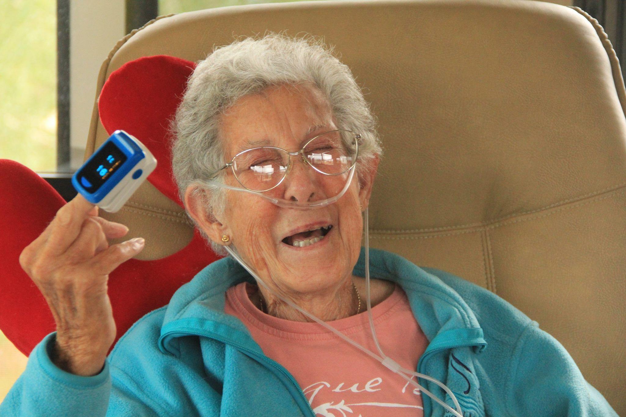 Driving Miss Norma: addio alla nonna col cancro che aveva deciso di viaggiare per il mondo