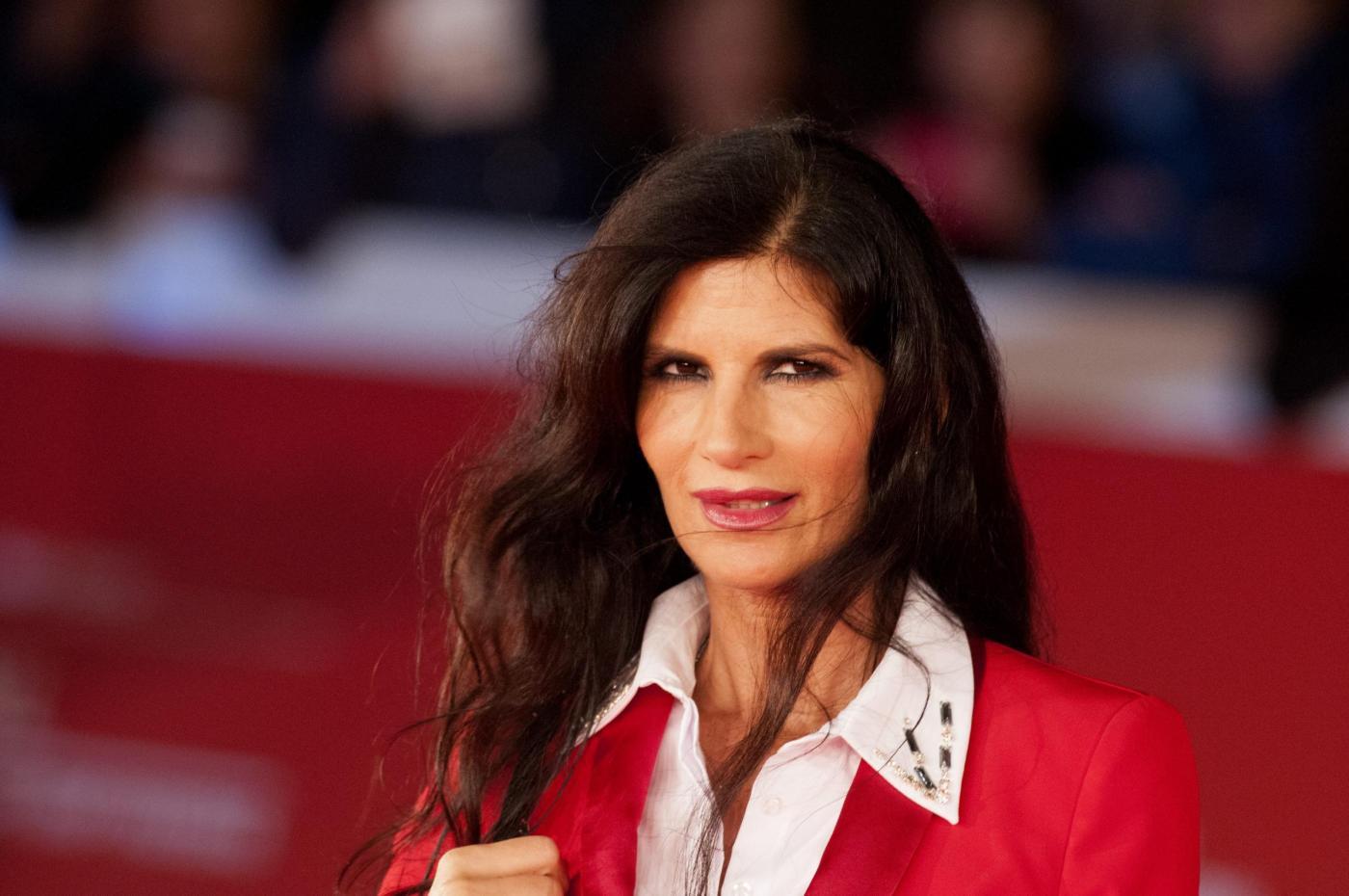 Pamela Prati contro Bettarini: 'Lo querelo se scopro che si riferiva a me'