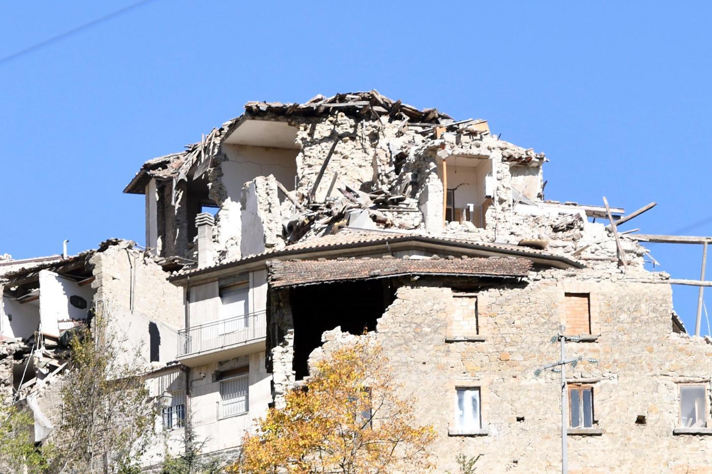Terremoto, nuove scosse in centro Italia