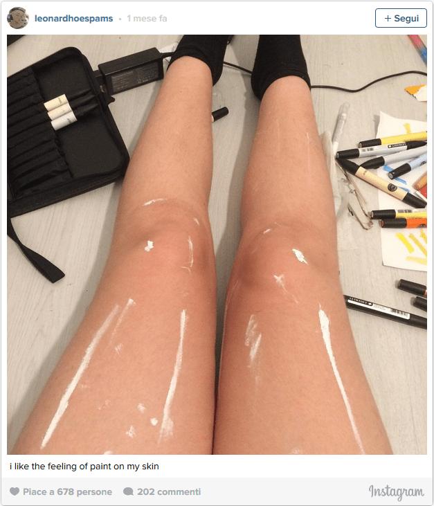vernice sulle gambe