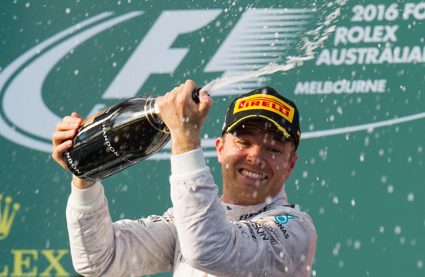 F1, Gp Australia: vince Rosberg davanti a Hamilton, terzo Vettel