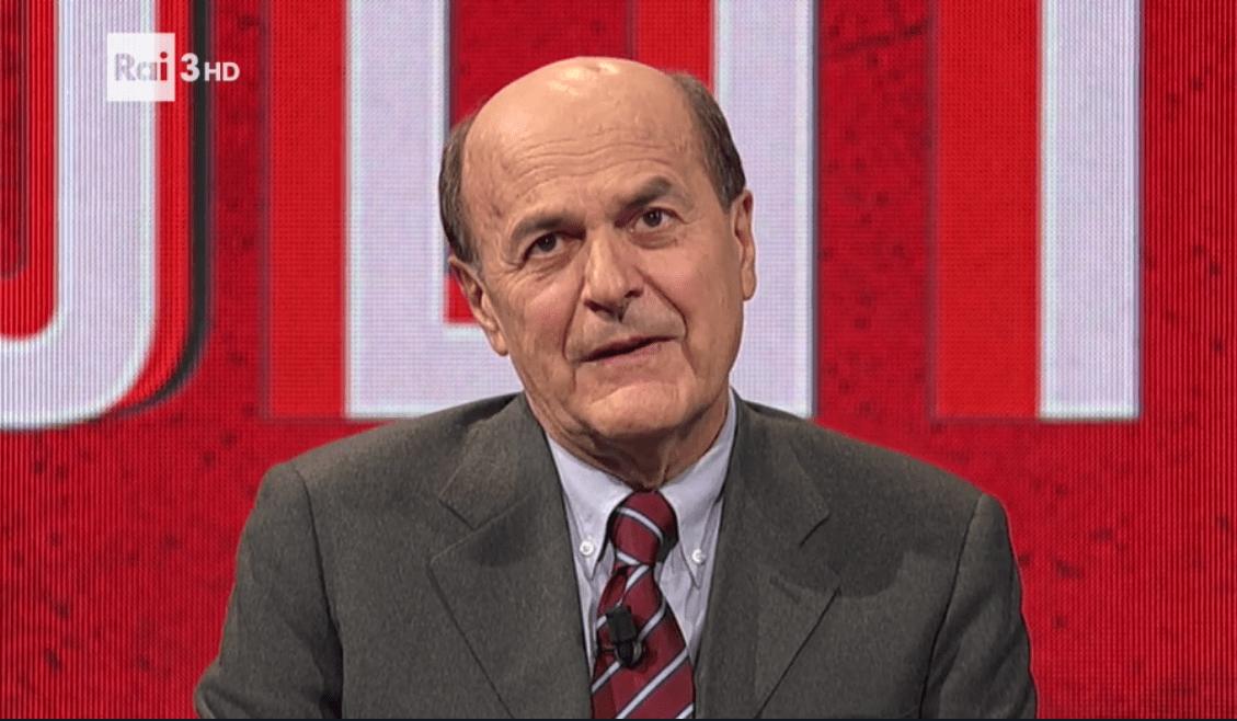 """Referendum costituzionale, Bersani a Politics: """"Nel PD clima da dentro o fuori"""""""