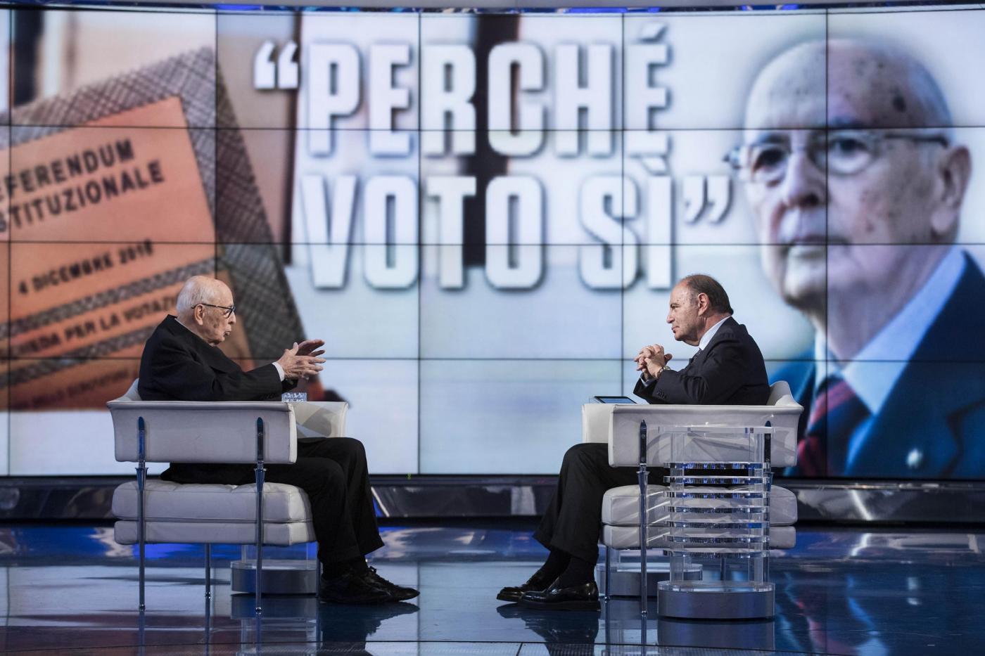 """Referendum costituzionale, Napolitano a Porta a Porta: """"Voterò Sì"""""""