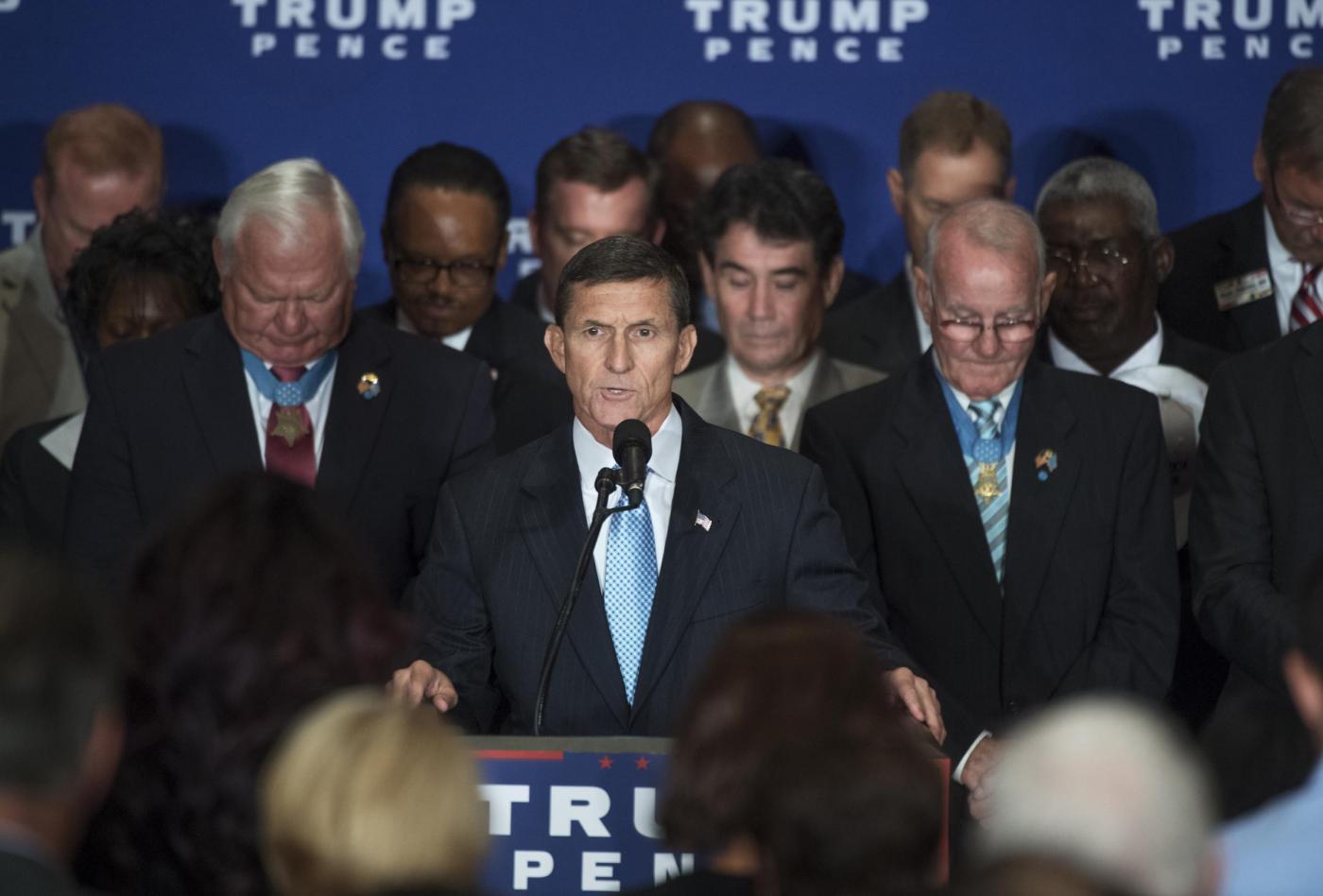 Donald Trump incontra i veterani