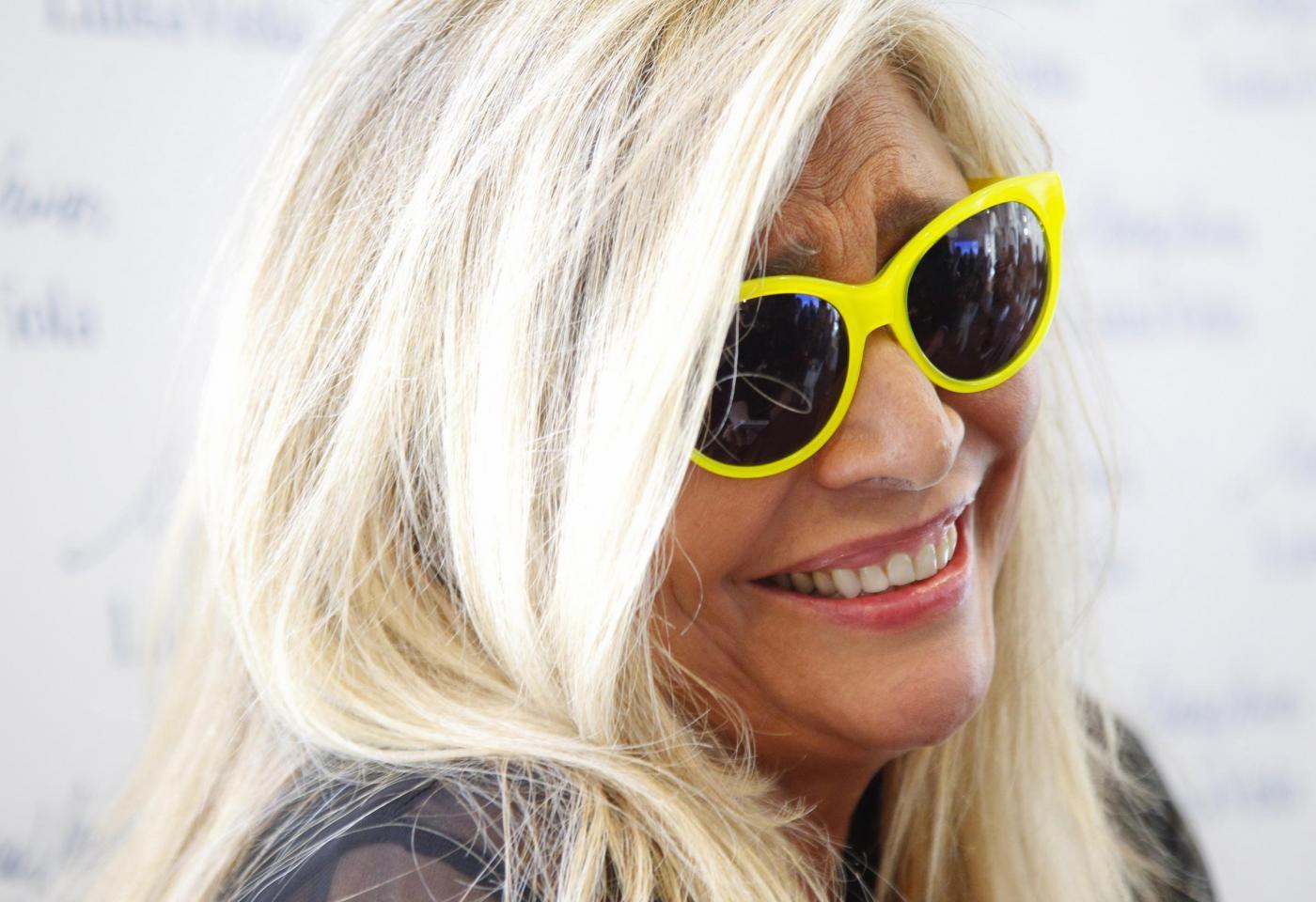 Mara Venier replica a Simona Ventura (poi cancella il post)
