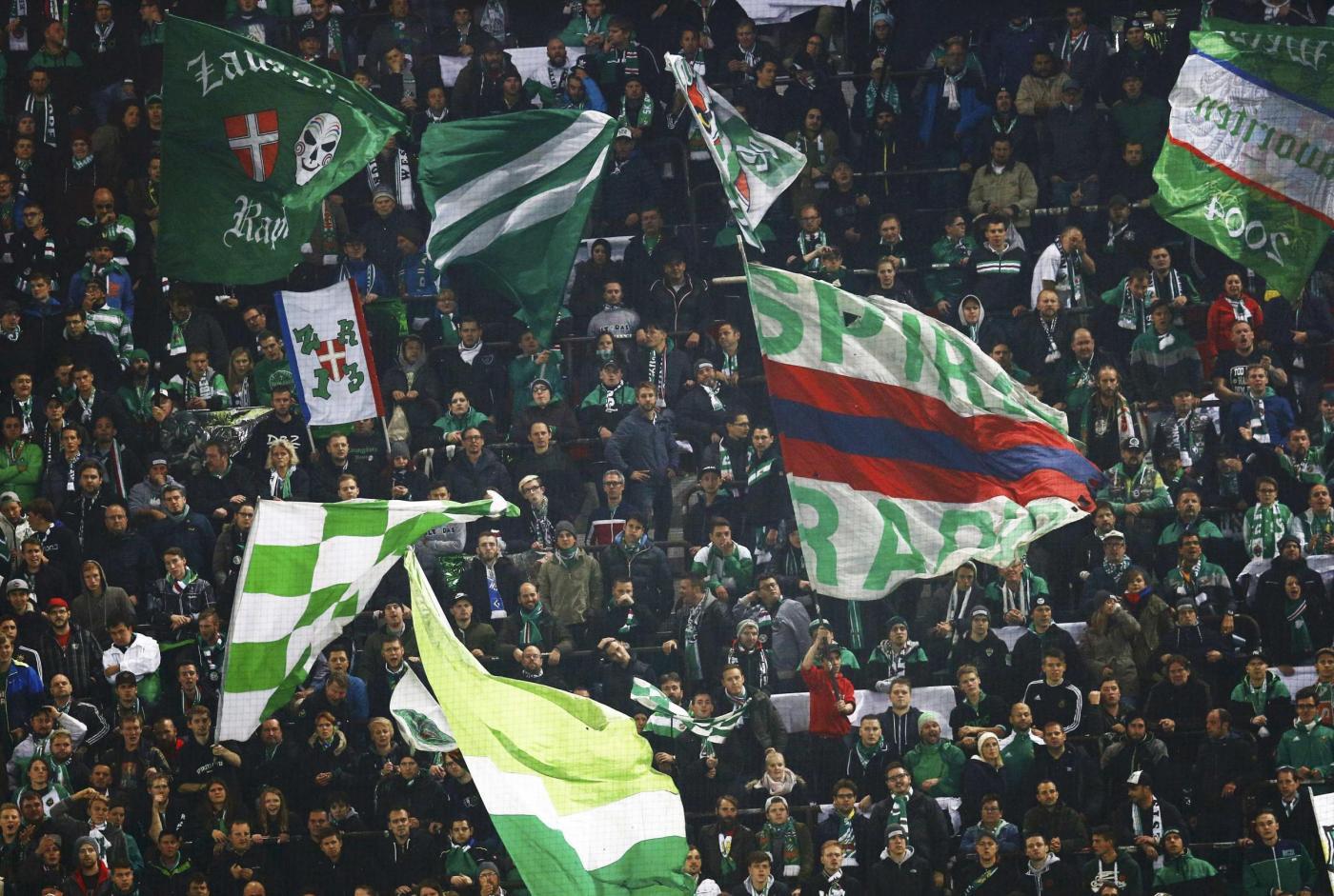 Tifosi Rapid Vienna sbagliano stadio: a Bologna invece che a Reggio Emilia