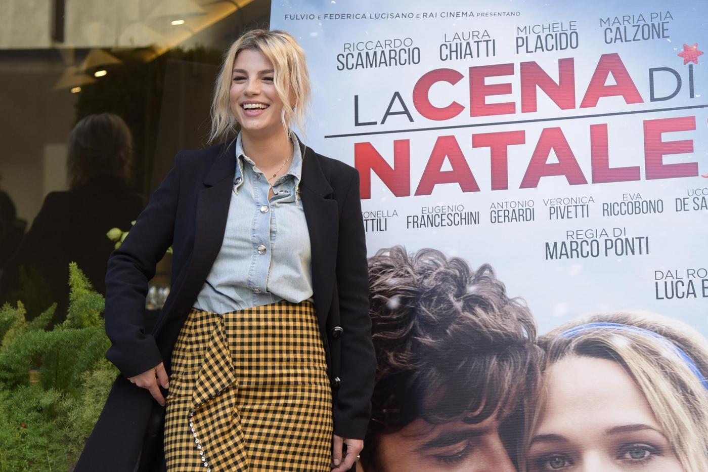 Selvaggia Lucarelli contro la stylist di Emma Marrone: 'Perché le fai questo?'