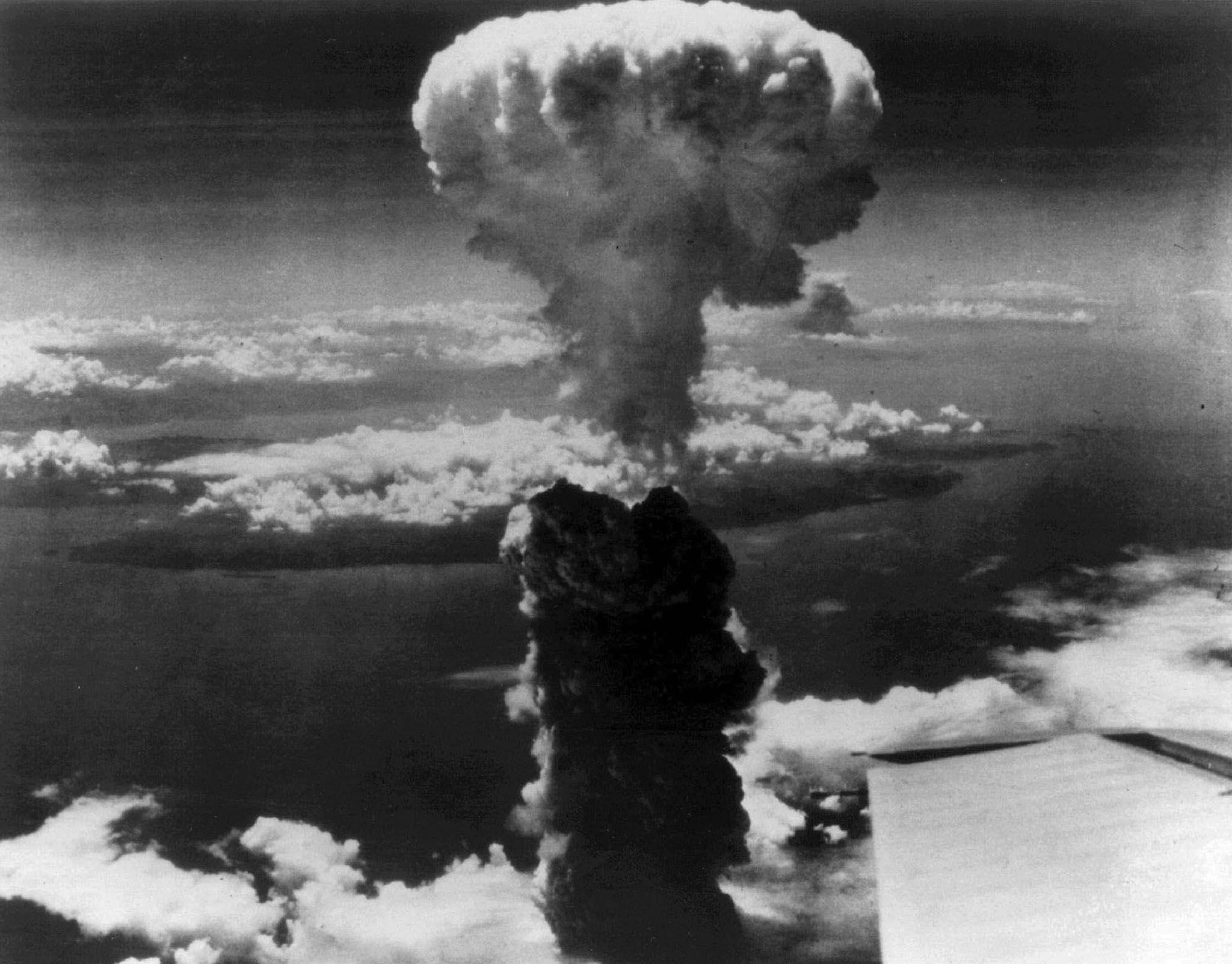 Uomo-piu-pericoloso-del-mondo BOMBA ATOMICA