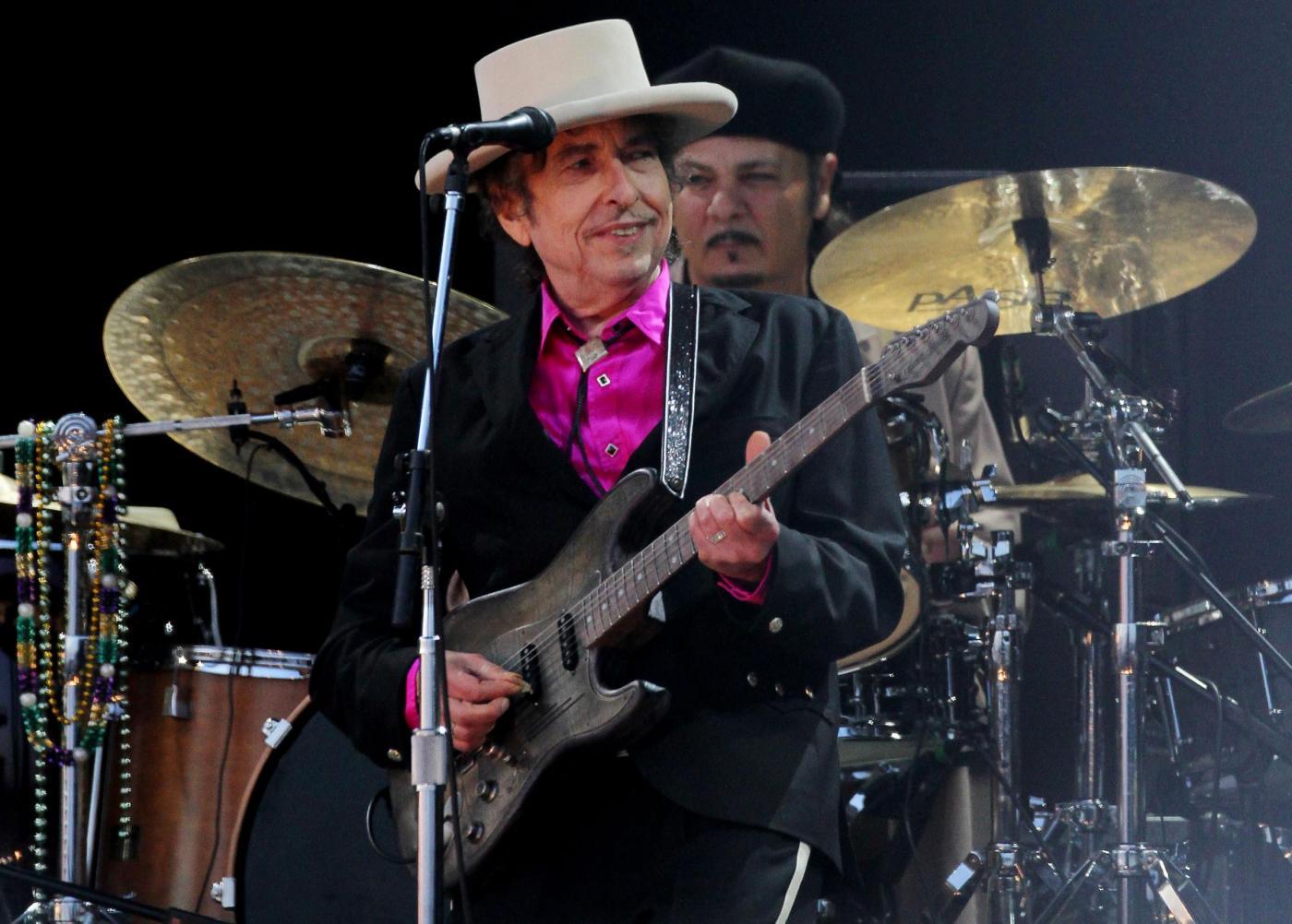 Nobel per la Letteratura 2016: Bob Dylan non ritirerà il premio