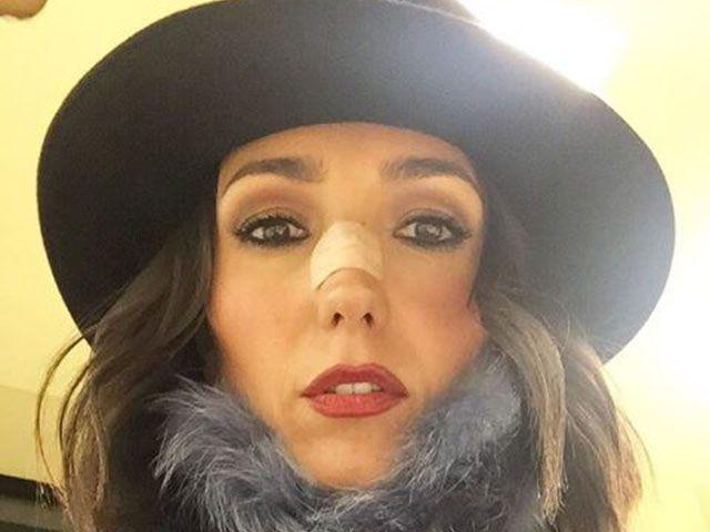Caterina Balivo, incidente banale: sbatte contro una porta e sviene