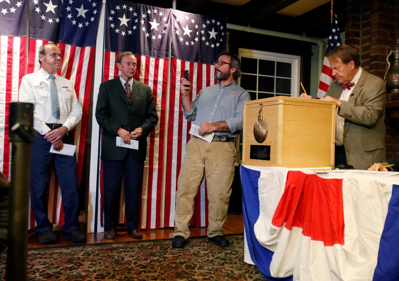 Elezioni USA 2016: alla Clinton Dixville Notch, il paese portafortuna