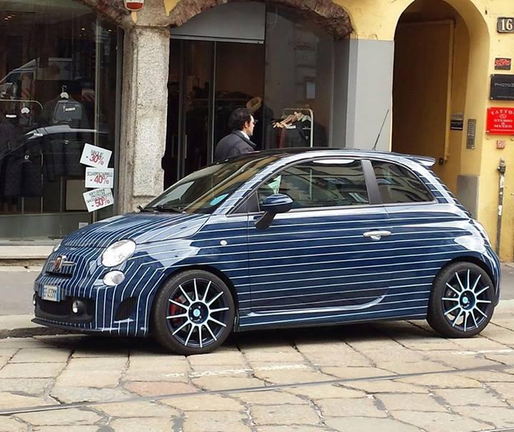 Lapo Elkann Fiat 500 gessata