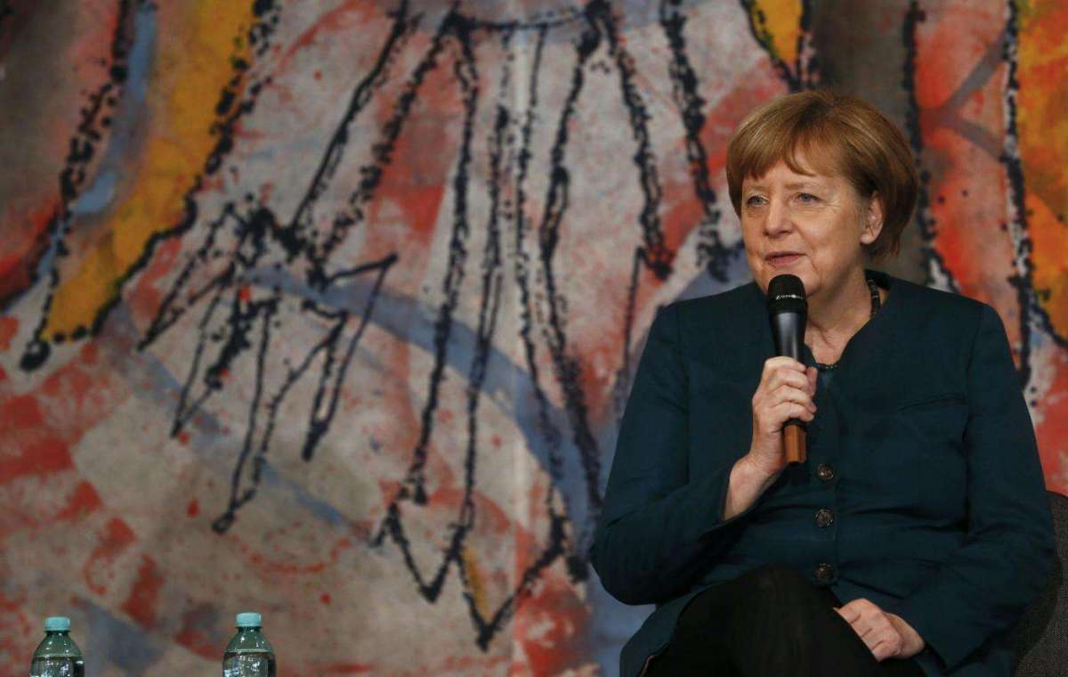 Angela Merkel si ricandida e si prepara alla lotta contro i populismi