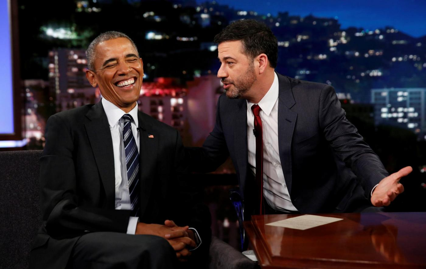 Los Angeles, il presidente Obama intervistato al Jimmy Kimmel Live!