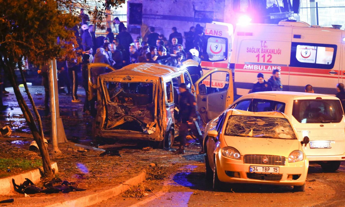 Turchia, autobomba vicino allo stadio del Besiktas a Istanbul