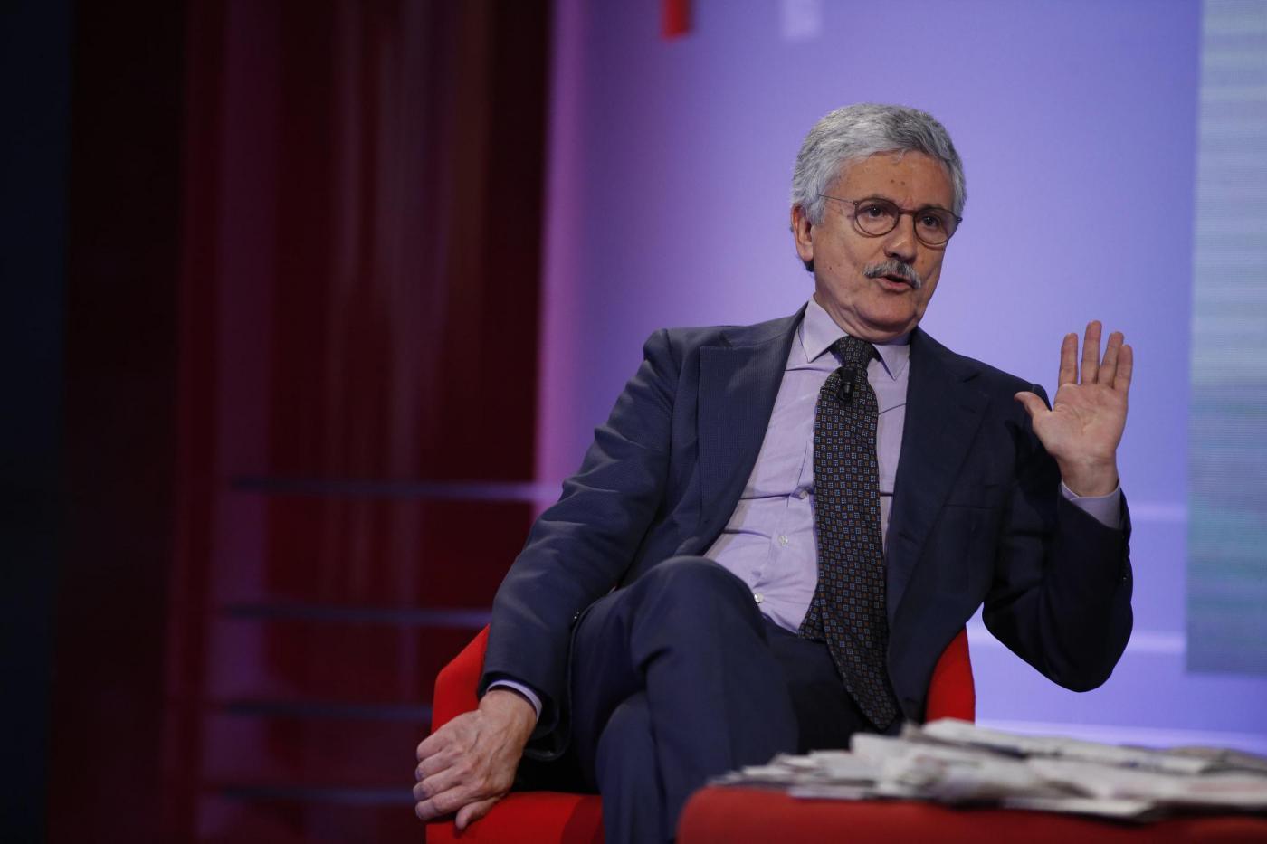 Massimo D'Alema ospite a L'aria che tira