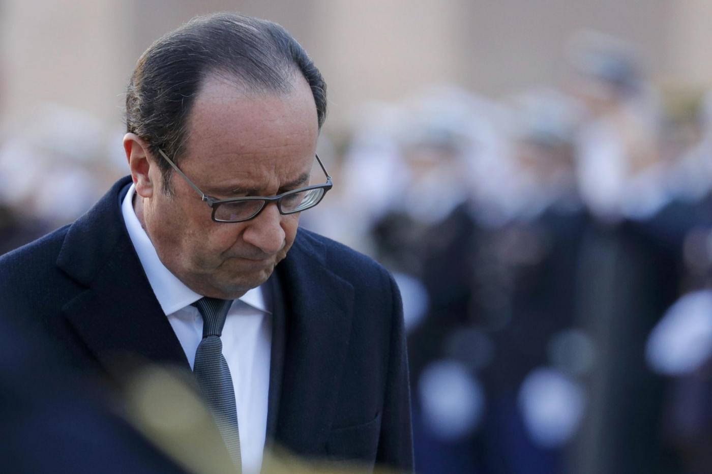 Francia, Hollande non si ricandida: i momenti più difficili del presidente più impopolare di sempre