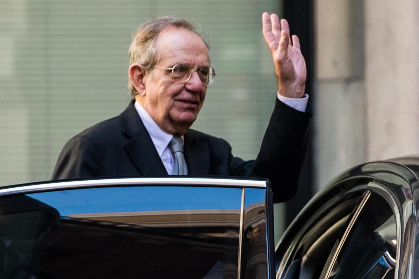 Chi è Pier Carlo Padoan, ministro dell'Economia del Governo Gentiloni