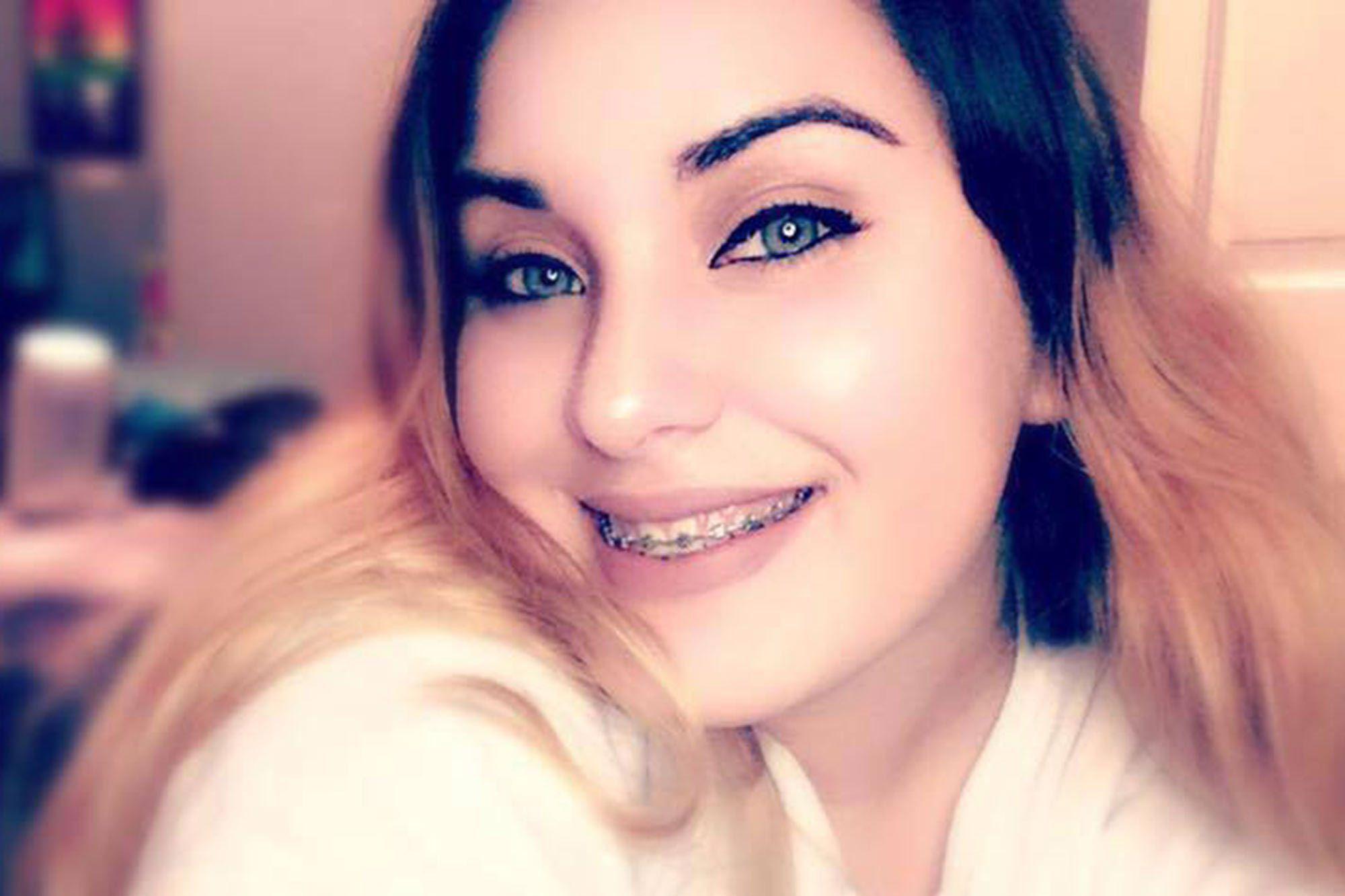 18enne vittima dei bulli si suicida sparandosi davanti alla famiglia