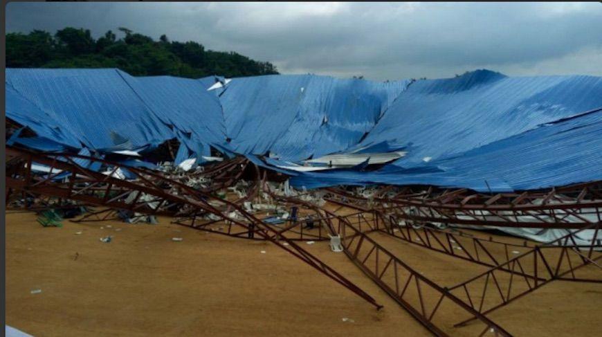 Nigeria, crolla il tetto di una chiesa: 160 morti