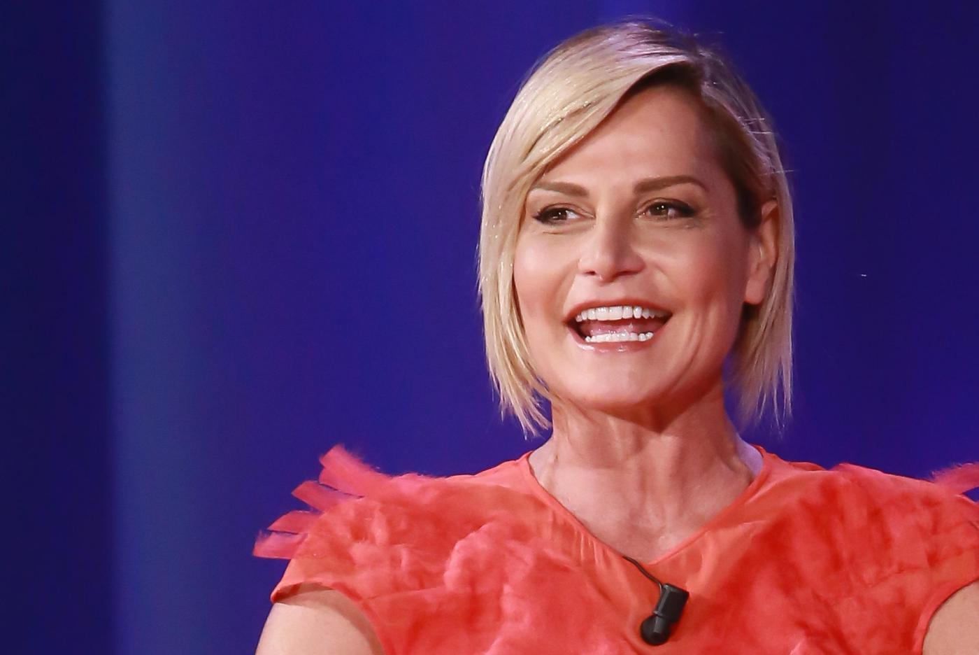 Simona Ventura difende Arisa per i fischi a X Factor 10