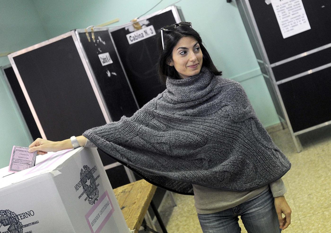 Virginia Raggi al seggio