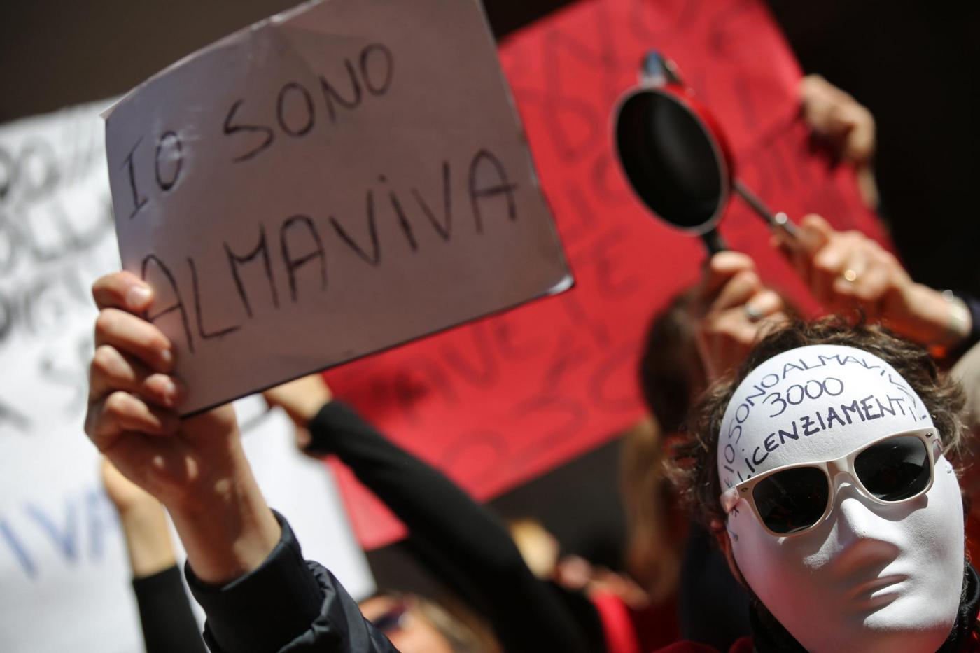 Manifestazione dei lavoratori di Almaviva e di Gepin Contact al Mise