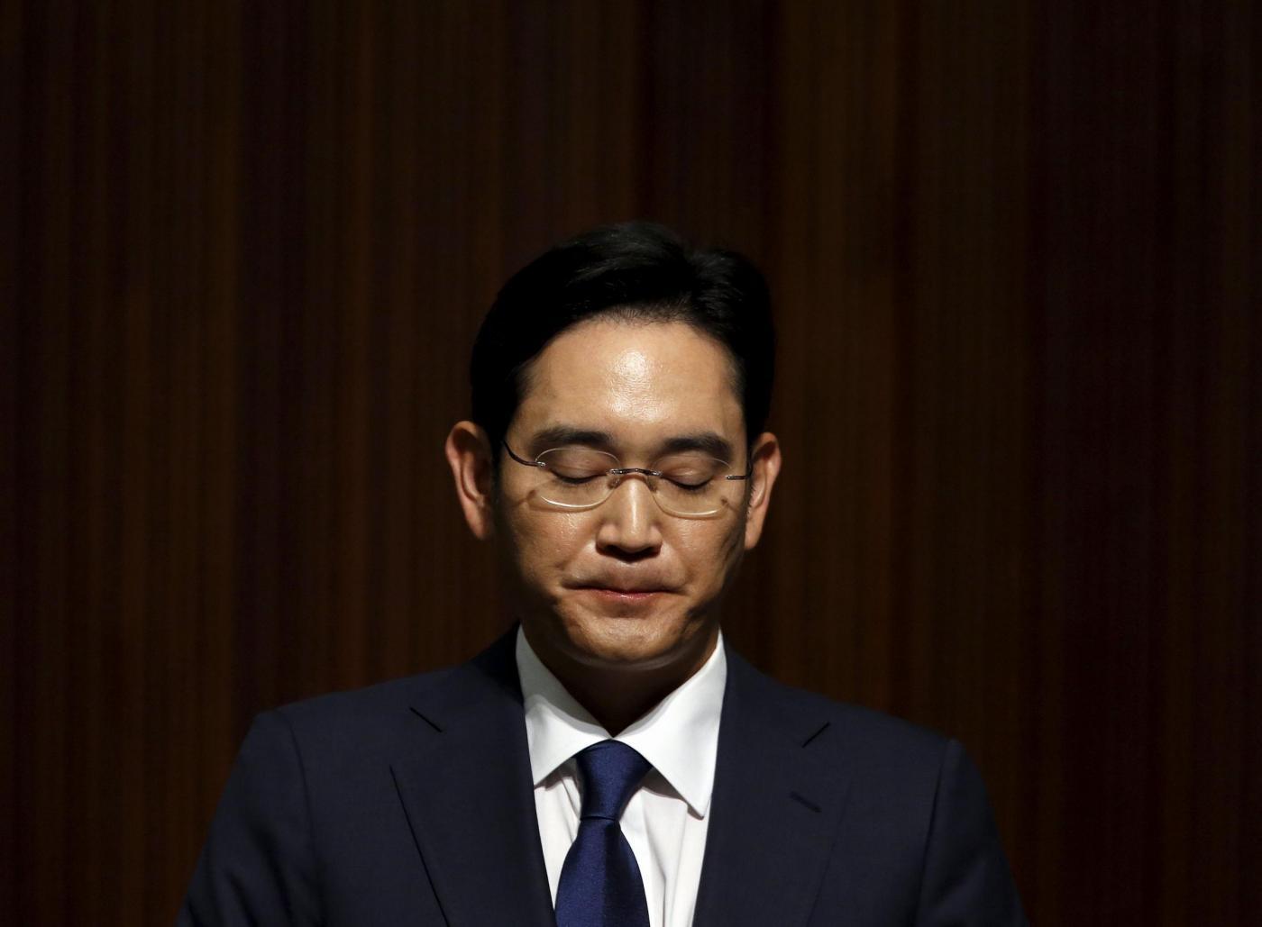 Samsung, tangenti in cambio di favori: arrestato il vicepresidente Lee Jae-yong in Sud Corea