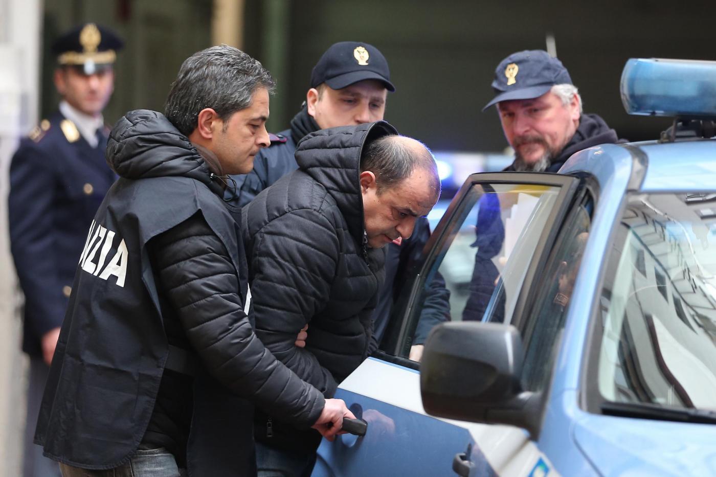 Napoli, uscita arresti operazione antidroga contro il clan Amato Pagano