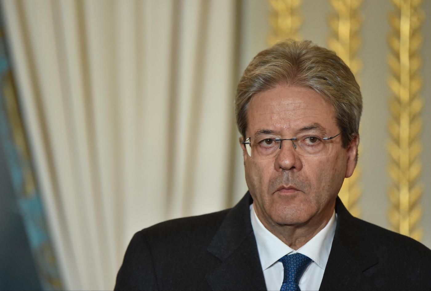 Francois Hollande riceve Paolo Gentiloni a Parigi