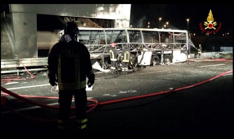 Verona incidente bus