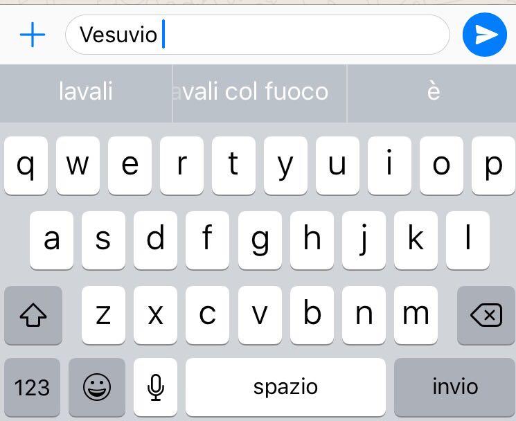 Vesuvio lavali col fuoco: il suggerimento razzista della tastiera di iPhone