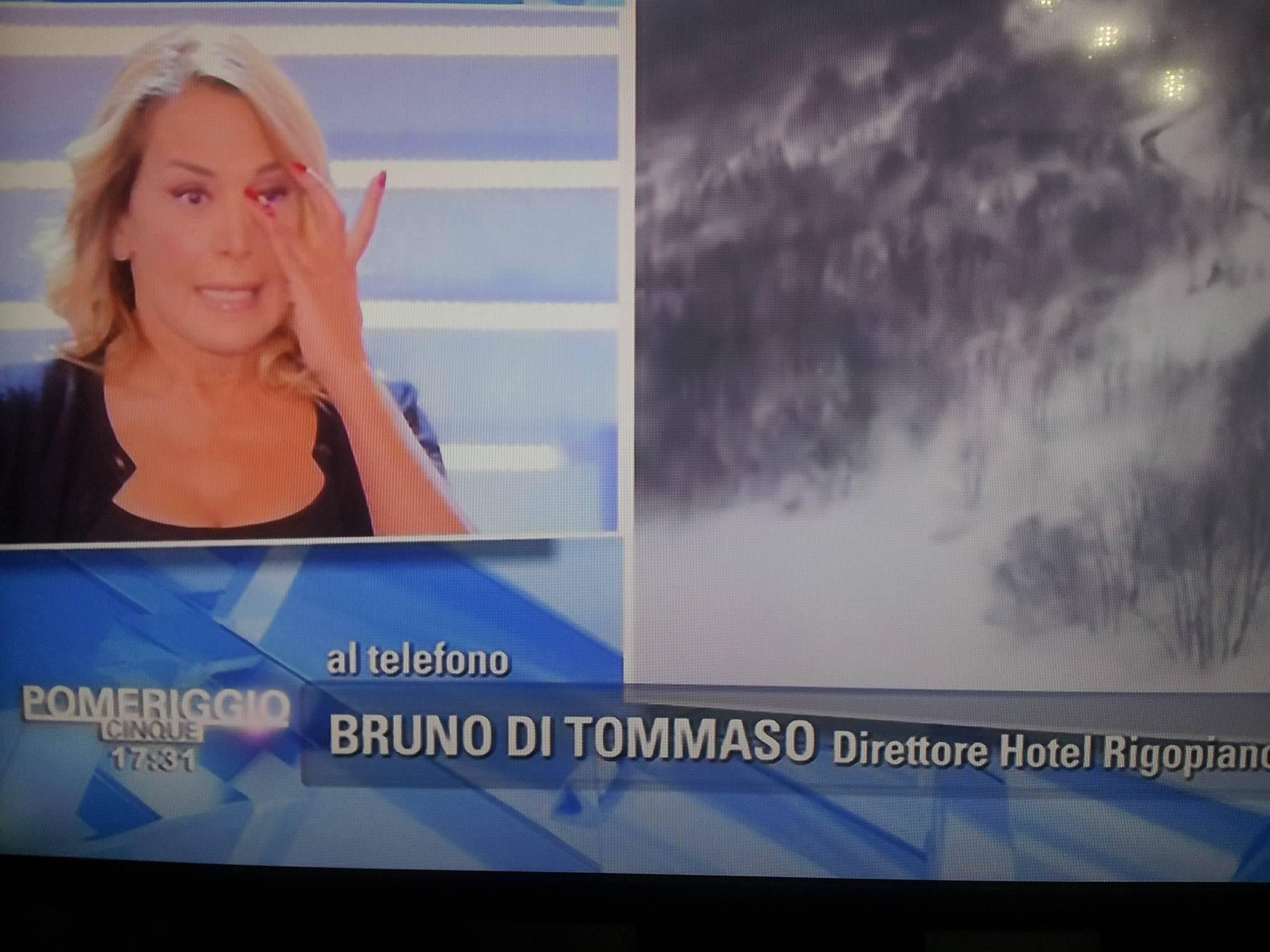 Barbara D'Urso si commuove a Pomeriggio 5: il ricordo dell'Hotel Rigopiano distrutto dal terremoto