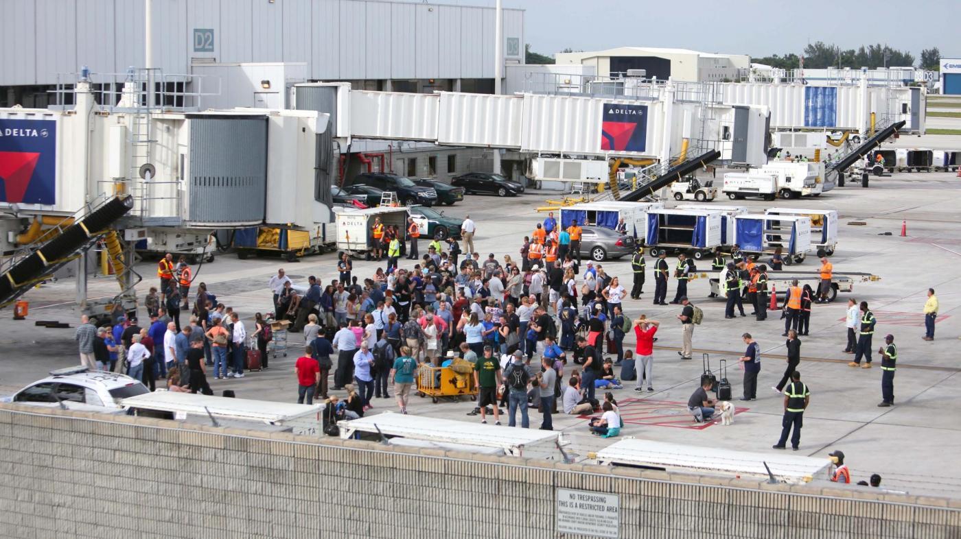 Florida, sparatoria all'aeroporto di Fort Lauderdale: 5 morti