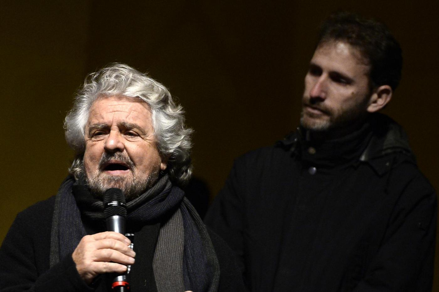 Beppe Grillo chiude la campagna referendaria #IoDicoNo a Torino