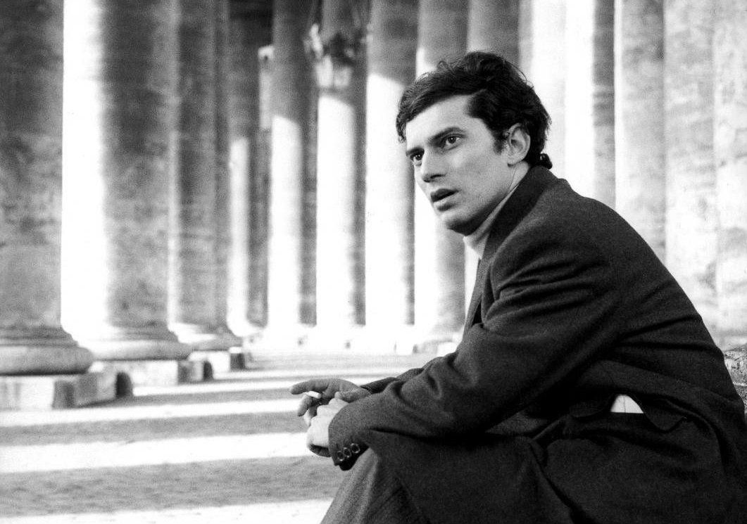 Luigi Tenco, a cinquant'anni dalla morte i libri per ricordarlo