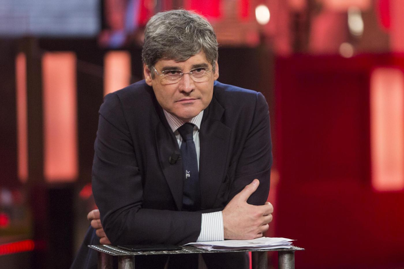 Quinta Colonna: malore in diretta TV di un comandante dei vigili