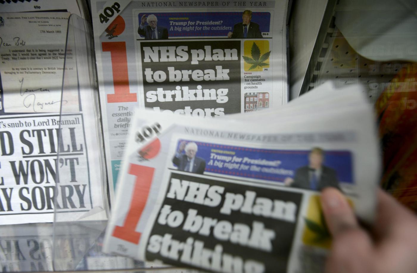 i newspaper sales