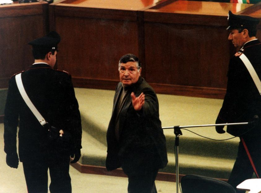 Trattativa Stato-Mafia: Totò Riina accetta di parlare in aula