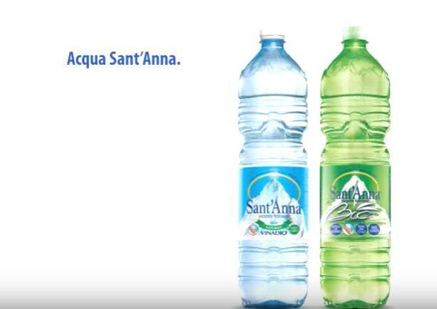 Acqua Sant'Anna ritirata dai supermercati Auchan: ha un cattivo odore