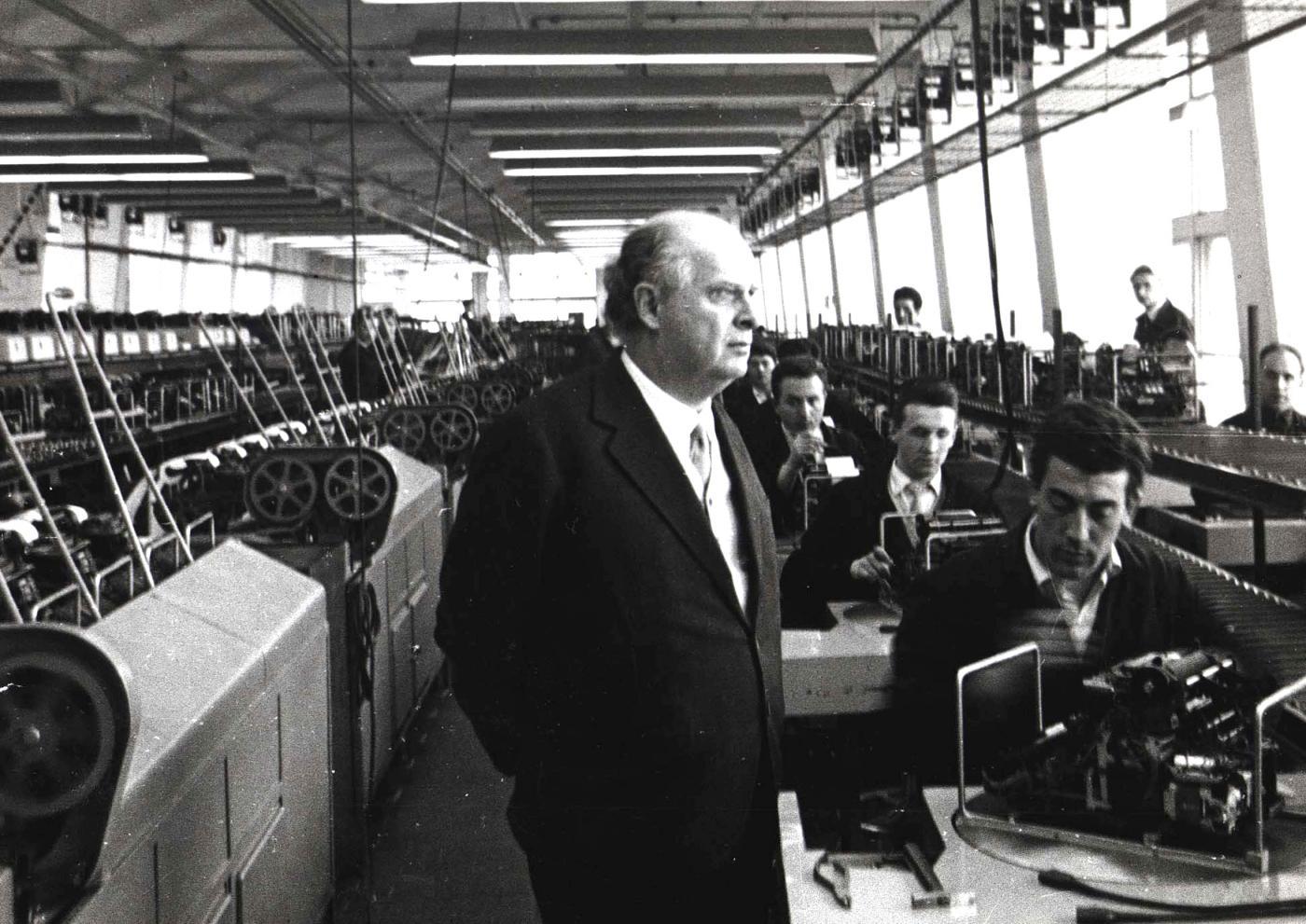 Adriano Olivetti: frasi celebri dell'imprenditore che cambiò il lavoro