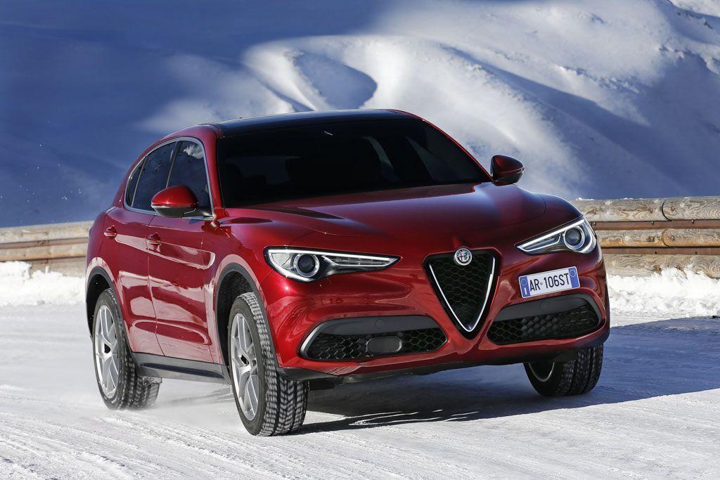 Alfa Romeo Stelvio: il SUV arriva in Italia