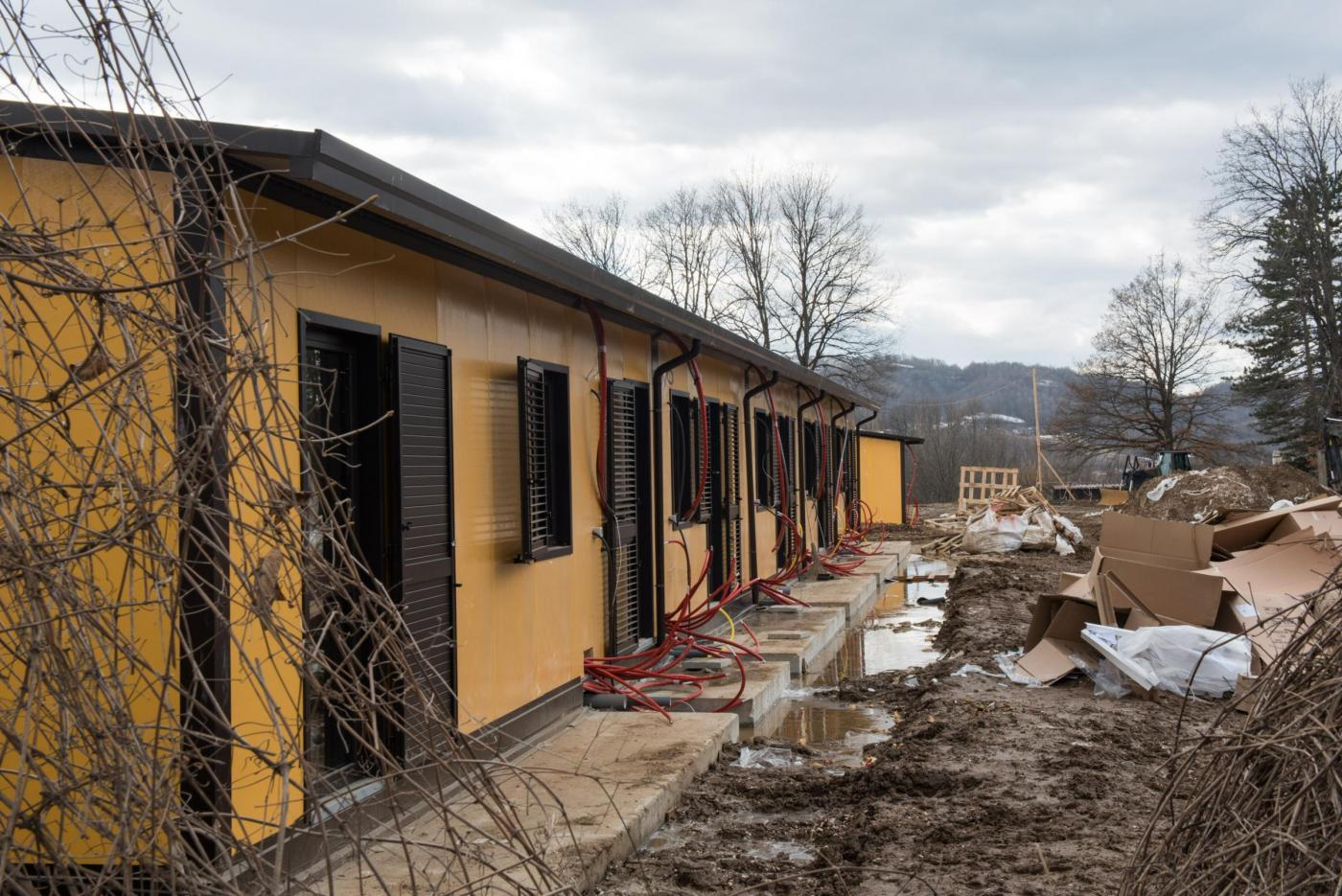 Luca Zingaretti in visita a Amatrice per visionare progetti e cantieri opere pubbliche
