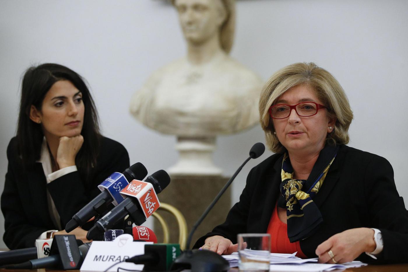 Paola Muraro alla Raggi: «I romani hanno votato te, non Casaleggio»